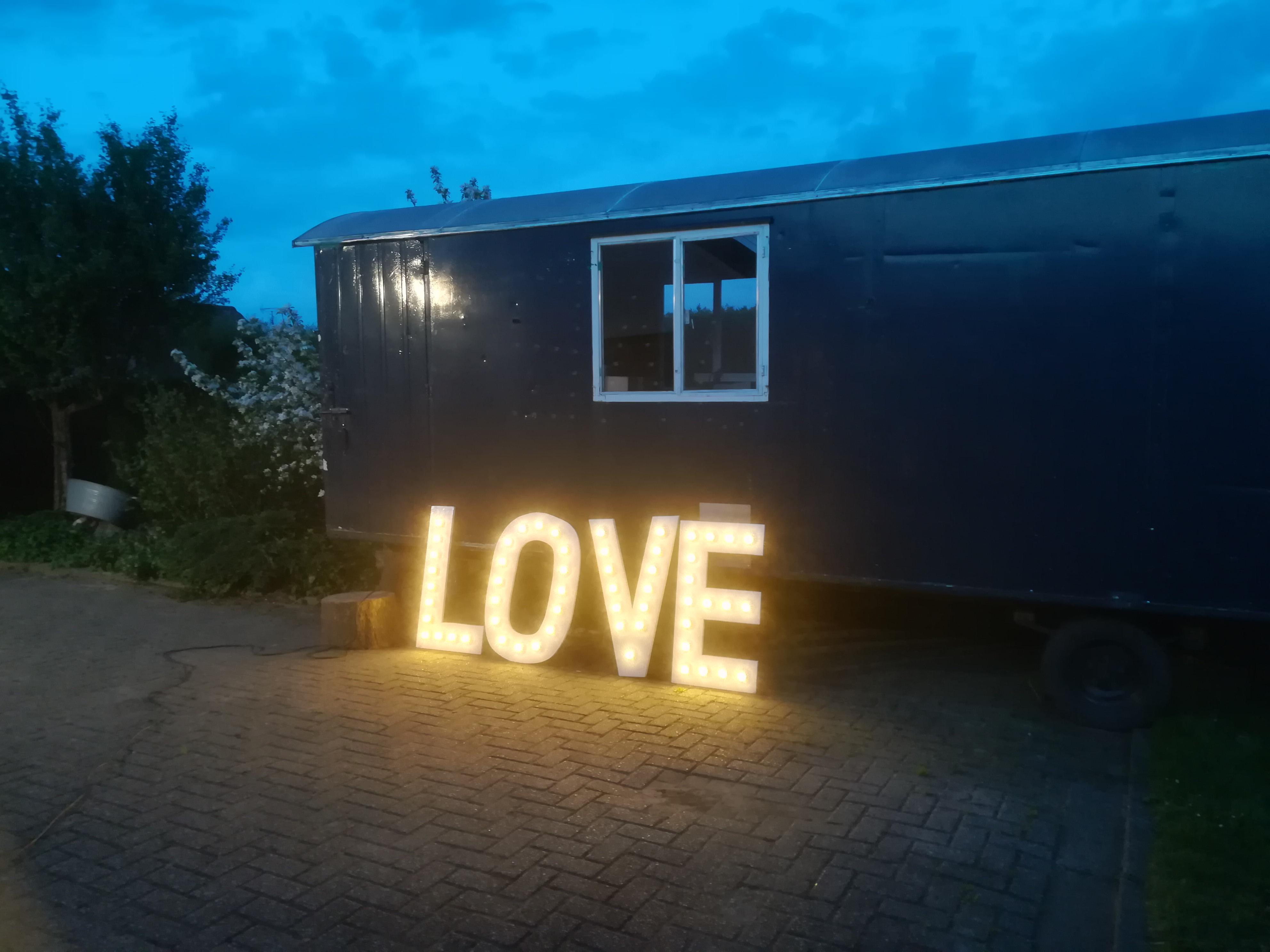 Letters Met Licht : Licht letters